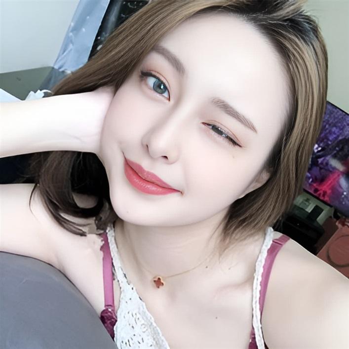 [ 采緹♥ ] 介紹