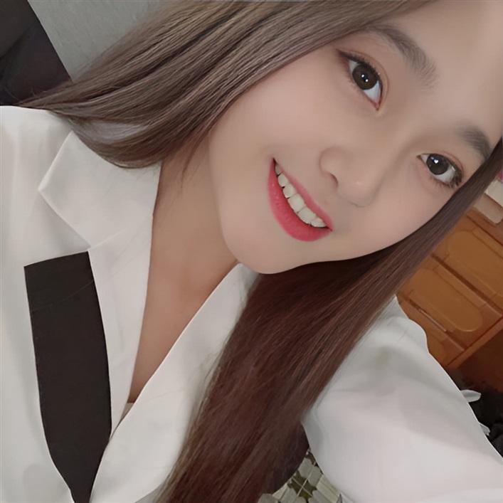[ 倪小晞 ] 介绍