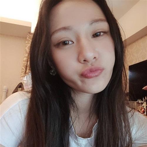 [ 露 娜 ] 介绍